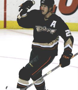 Anaheim Ducks defenseman Chris Pronger is improving, but remains sidelined with a broken foot, an injury which has cooked the Ducks for now.