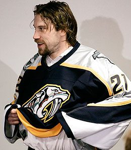 Nashville Predators centre Peter Forsberg is injured again.