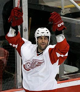 Detroit Red Wings winger Todd Bertuzzi could be a major factor against Calgary.