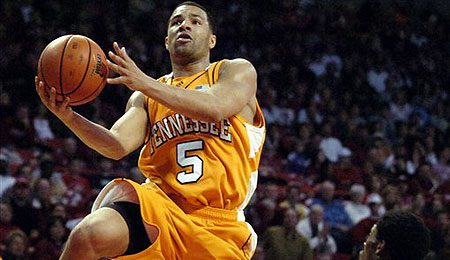 Chris Lofton is lighting it up for the Vols.
