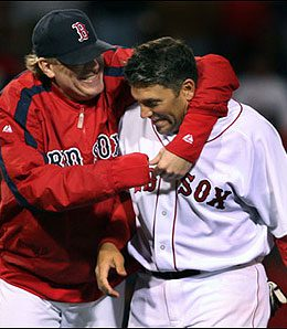 Doug Mirabelli will be back with the Bosox in 2008.
