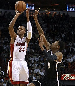 Ray Allen is off to a nice start for the Miami Heat.